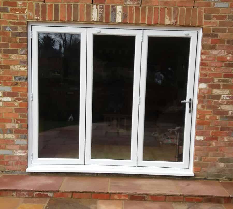 aluminium bi-fold doors wokingham