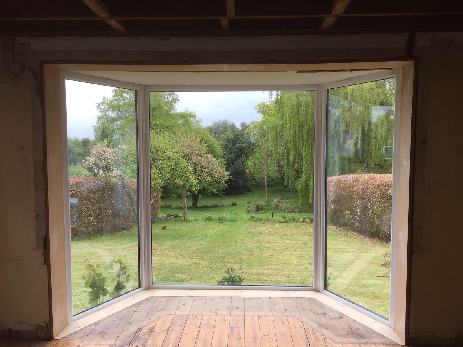 Bay window installation thatcham abbey windows for Bay window replacement windows