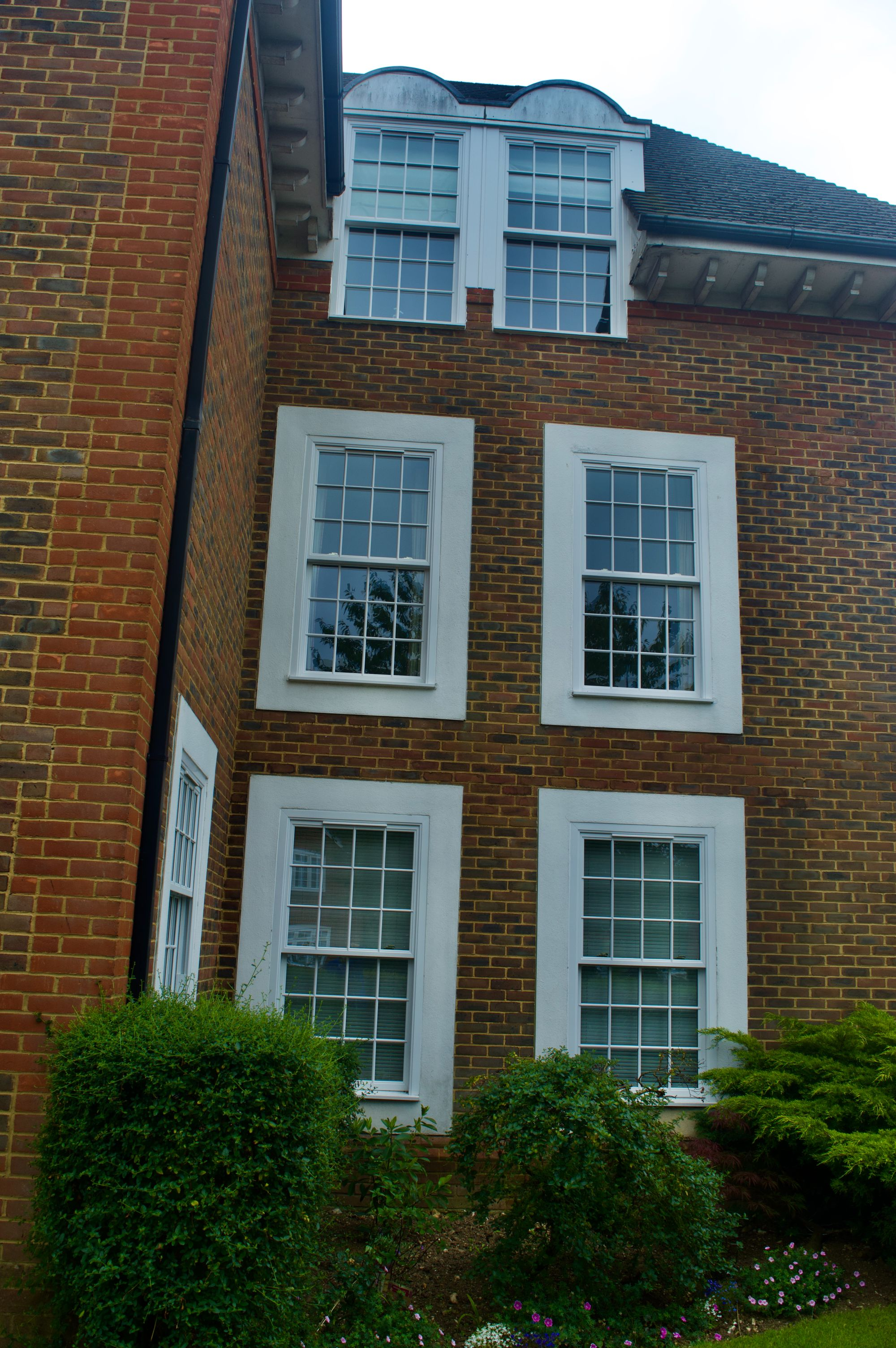 bespoke upvc sliding sash windows reading
